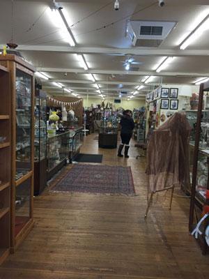 tuckaway,antiques,cleelum