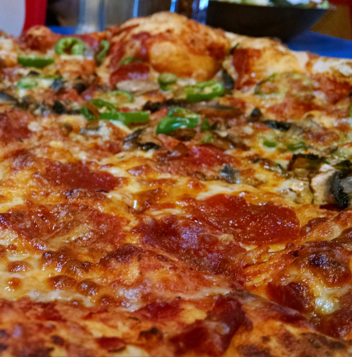 Dining in Cle Elum: Pizza