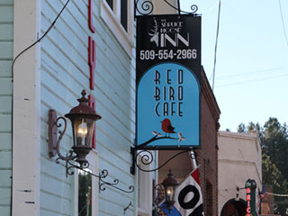 spruce,moose,inn,hotels,in,cle,elum