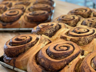 easton,baking,co.,cle,elum